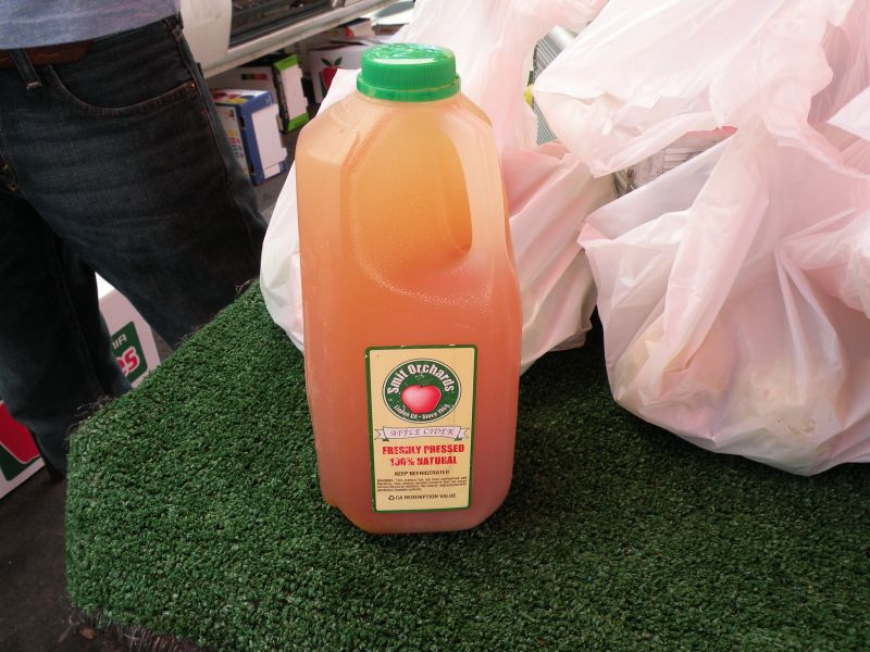 Post image for Farmer's Market with Smit Orchards