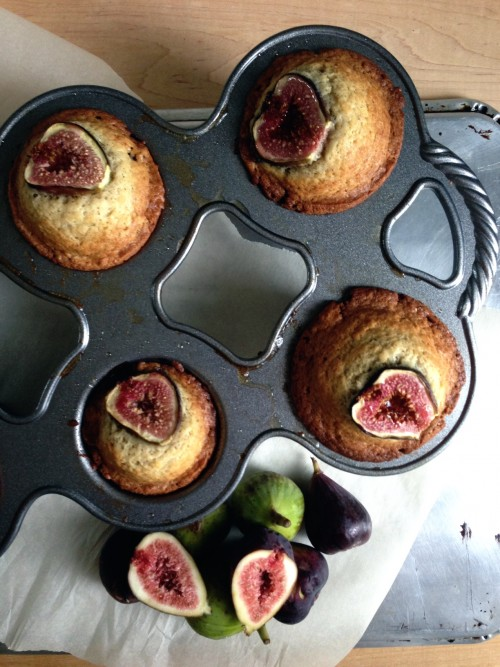 Post image for Fall Buttermilk Muffins with Figs