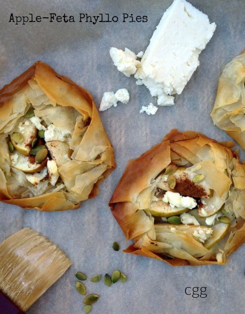 Post image for Apple-Feta Phyllo Pies