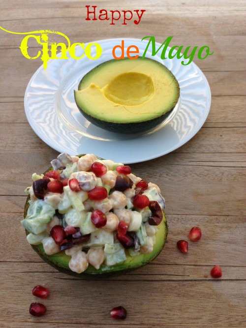 Post image for Avocado Salad Stuffed with Chickpeas and Yogurt